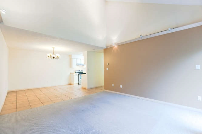 Condo Apartment at 408 4373 HALIFAX STREET, Unit 408, Burnaby North, British Columbia. Image 8