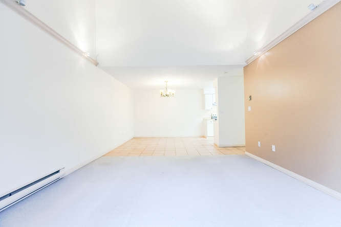 Condo Apartment at 408 4373 HALIFAX STREET, Unit 408, Burnaby North, British Columbia. Image 10