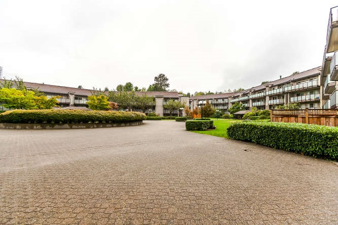 Condo Apartment at 408 4373 HALIFAX STREET, Unit 408, Burnaby North, British Columbia. Image 19