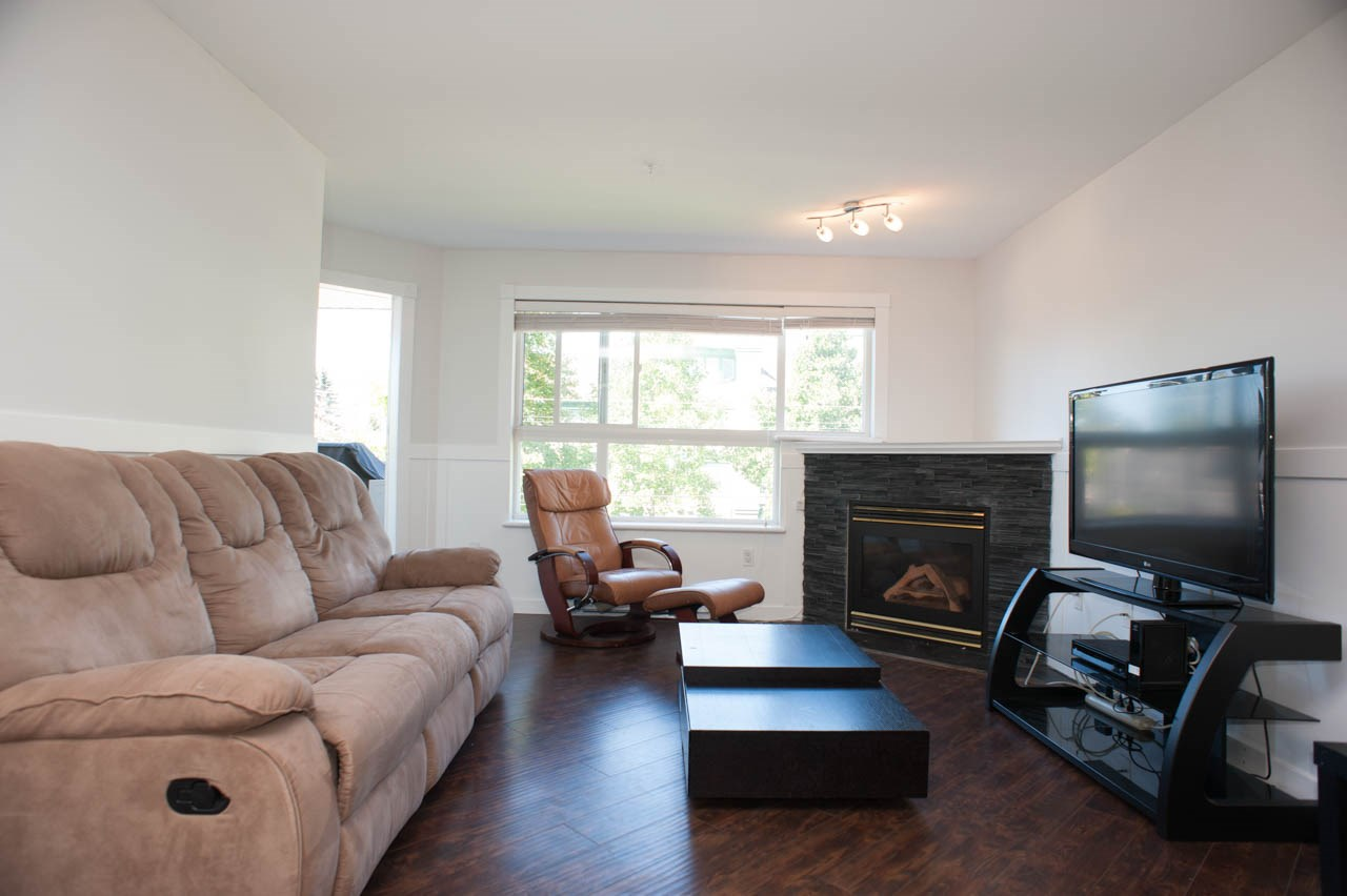 Condo Apartment at 319 1588 BEST STREET, Unit 319, South Surrey White Rock, British Columbia. Image 6