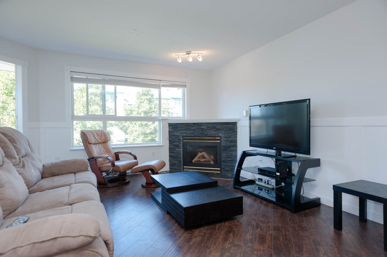 Condo Apartment at 319 1588 BEST STREET, Unit 319, South Surrey White Rock, British Columbia. Image 7