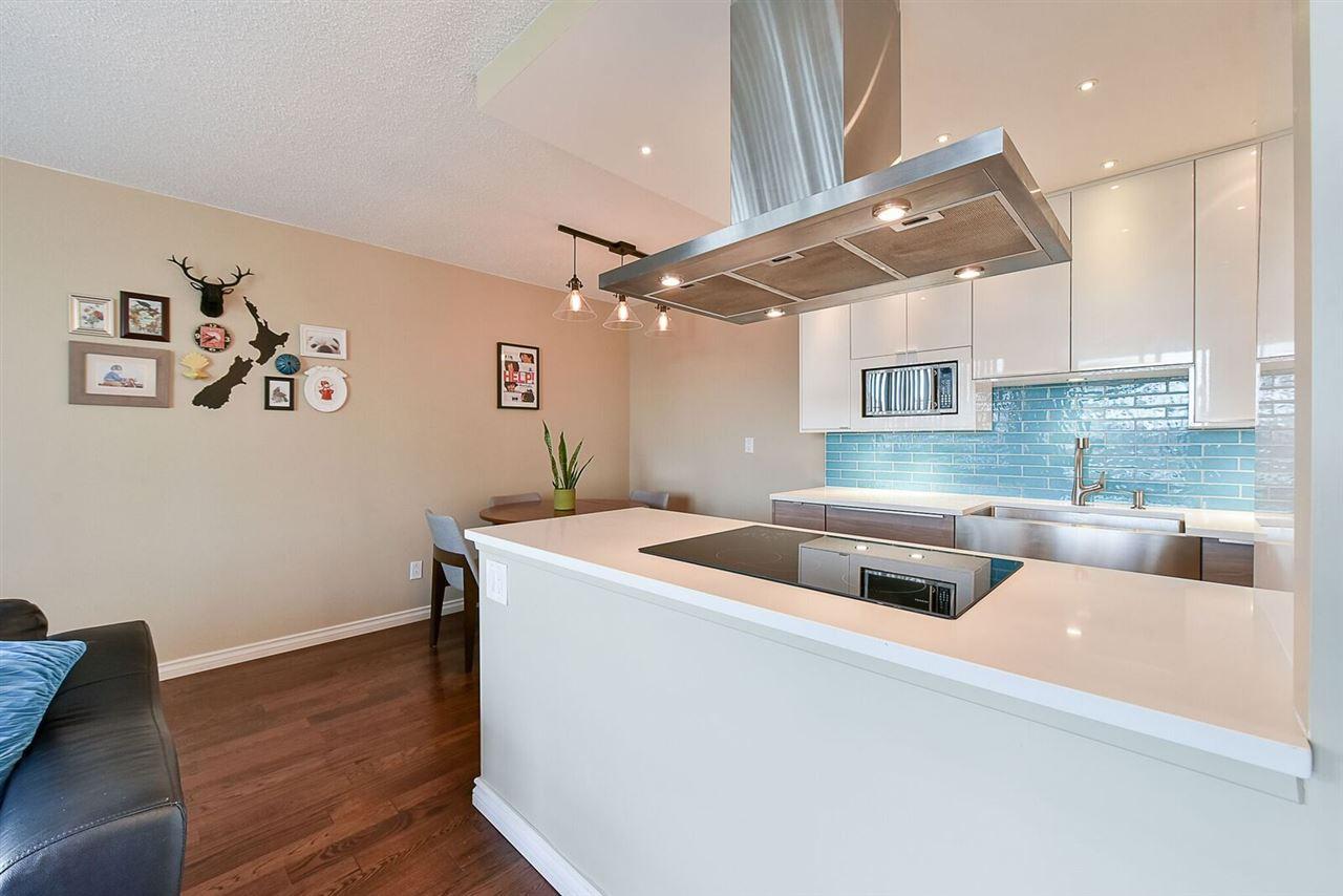 Condo Apartment at 1405 1740 COMOX STREET, Unit 1405, Vancouver West, British Columbia. Image 3