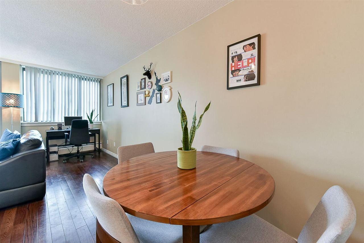 Condo Apartment at 1405 1740 COMOX STREET, Unit 1405, Vancouver West, British Columbia. Image 6