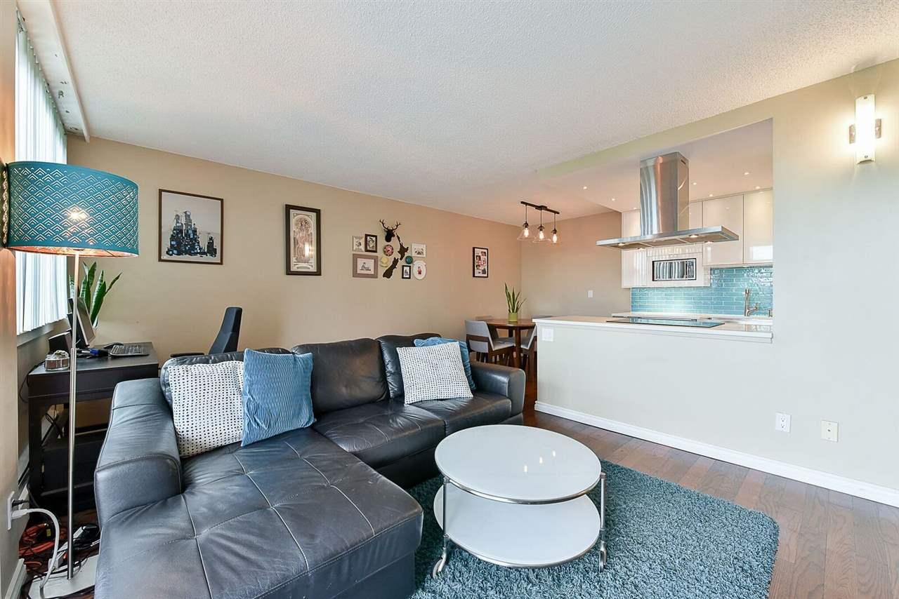 Condo Apartment at 1405 1740 COMOX STREET, Unit 1405, Vancouver West, British Columbia. Image 9