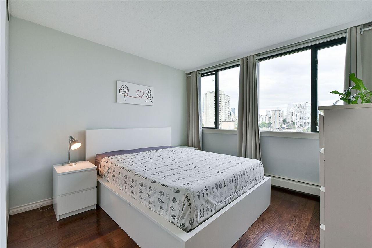 Condo Apartment at 1405 1740 COMOX STREET, Unit 1405, Vancouver West, British Columbia. Image 13