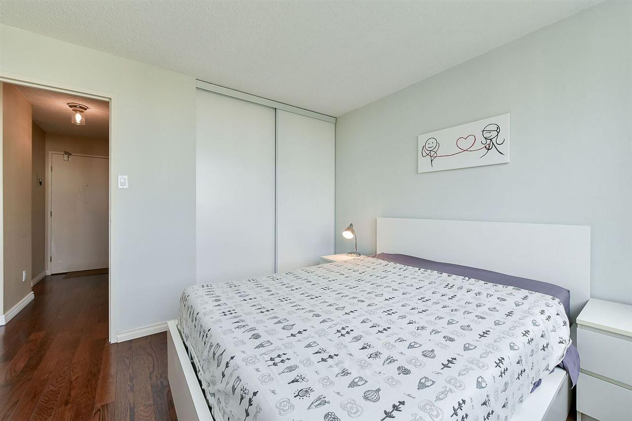 Condo Apartment at 1405 1740 COMOX STREET, Unit 1405, Vancouver West, British Columbia. Image 14