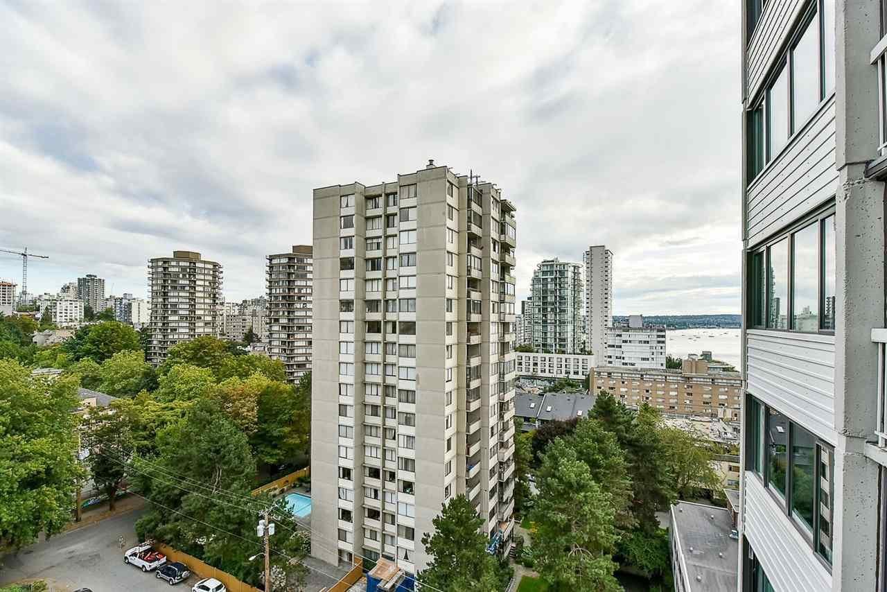 Condo Apartment at 1405 1740 COMOX STREET, Unit 1405, Vancouver West, British Columbia. Image 18