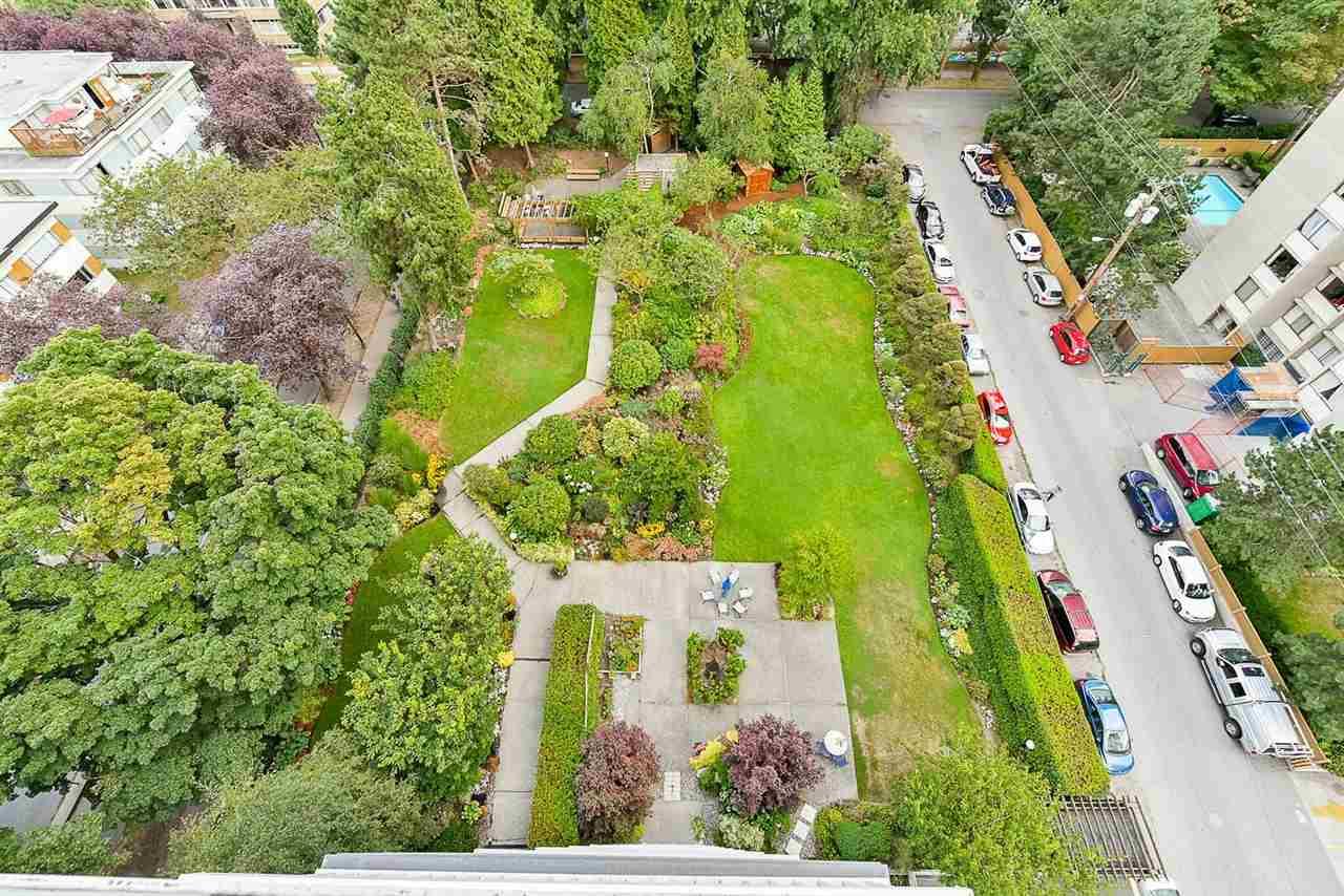Condo Apartment at 1405 1740 COMOX STREET, Unit 1405, Vancouver West, British Columbia. Image 20