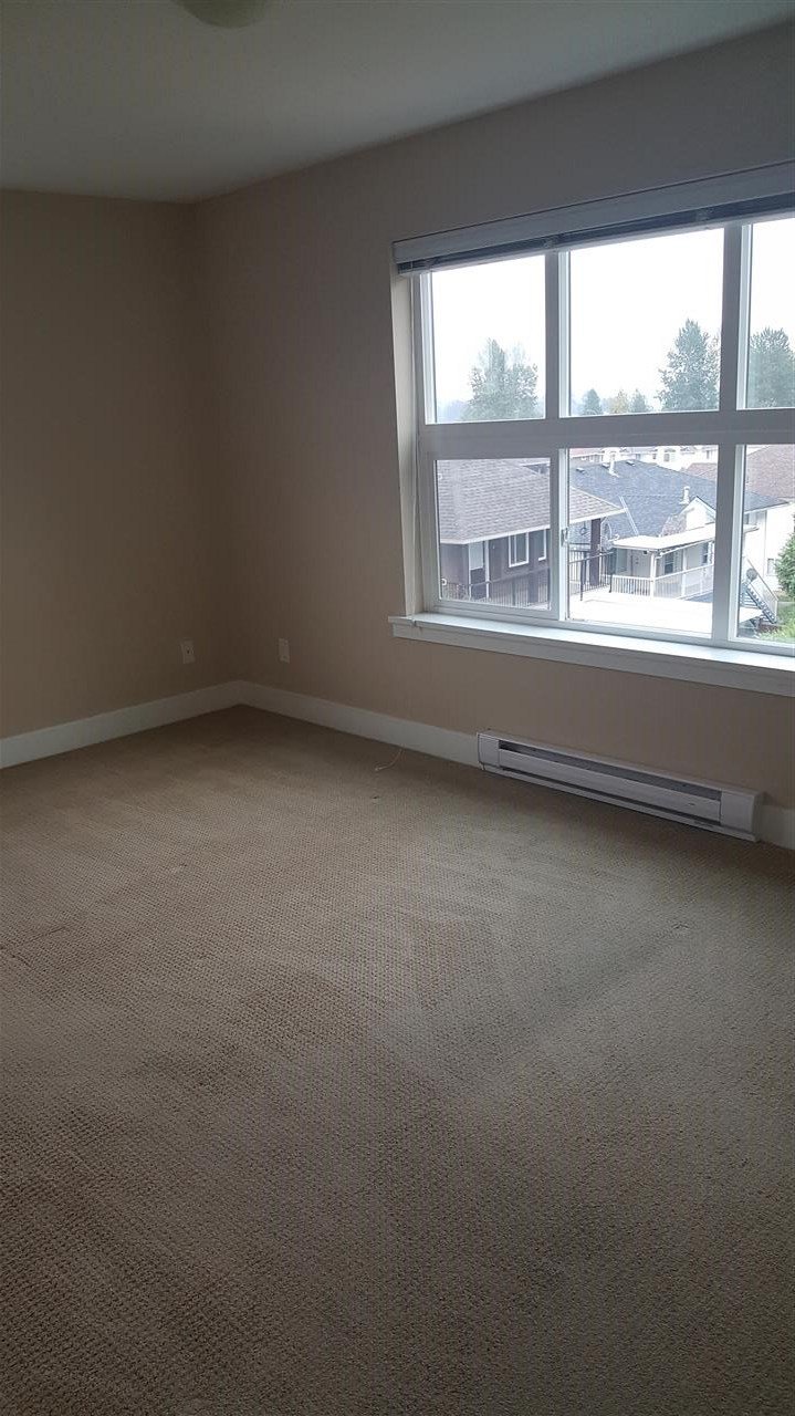 Condo Apartment at 313 30525 CARDINAL AVENUE, Unit 313, Abbotsford, British Columbia. Image 7