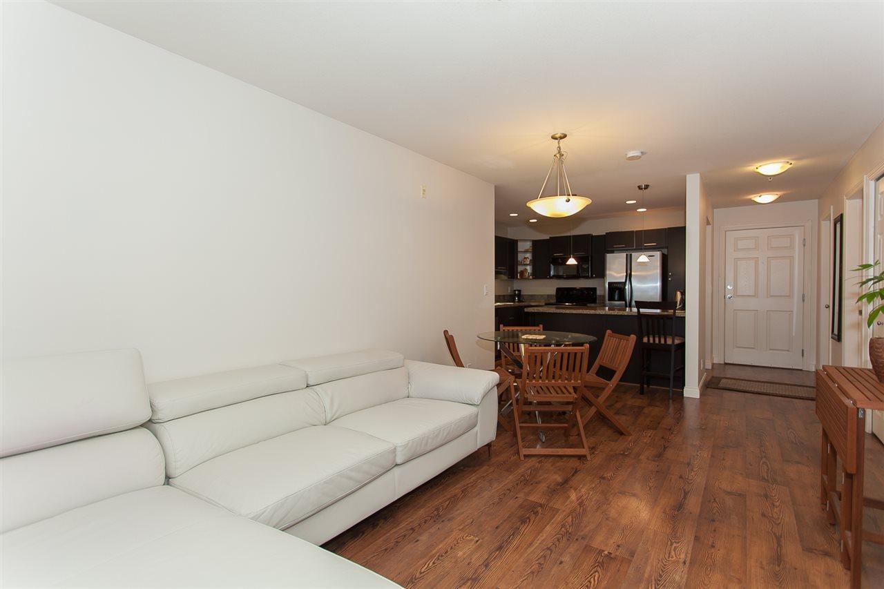 Condo Apartment at 207 5438 198 STREET, Unit 207, Langley, British Columbia. Image 5