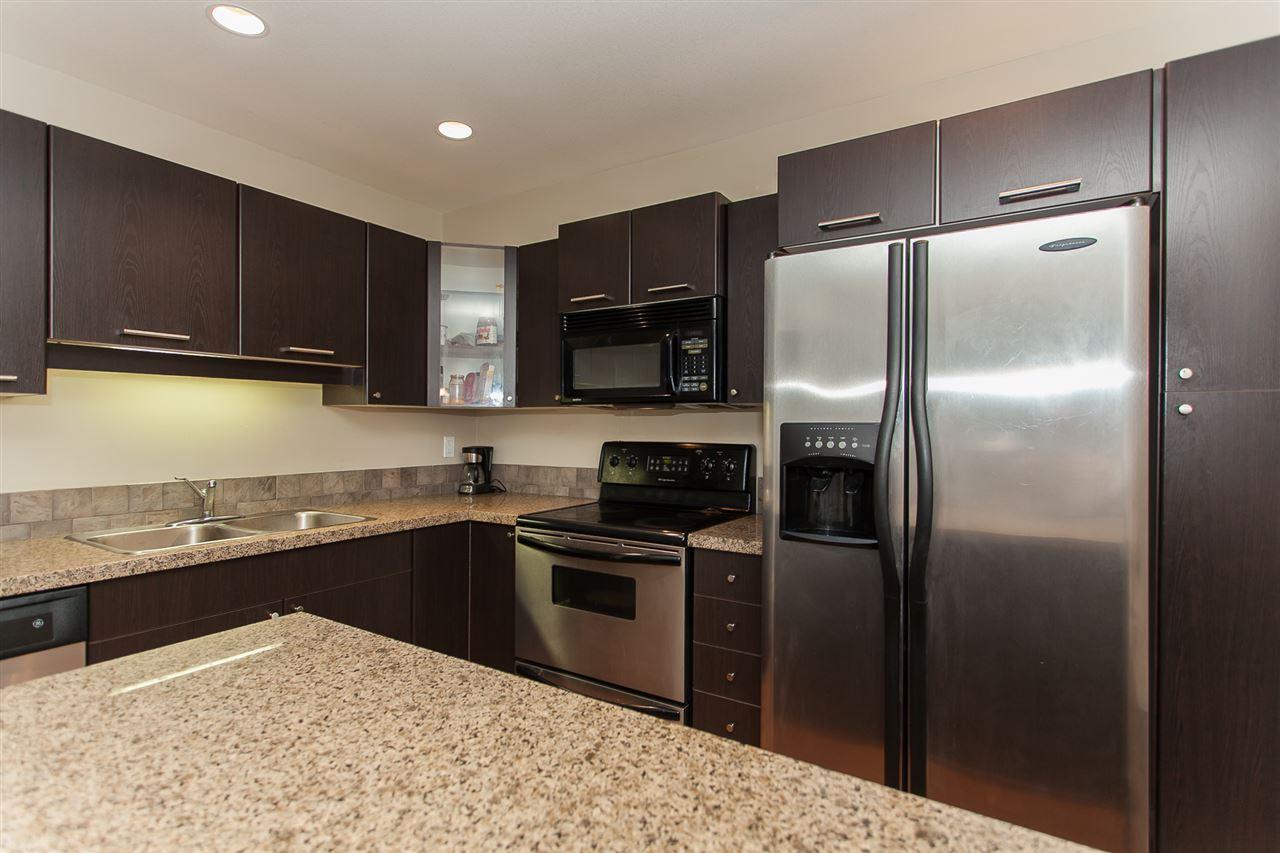Condo Apartment at 207 5438 198 STREET, Unit 207, Langley, British Columbia. Image 11