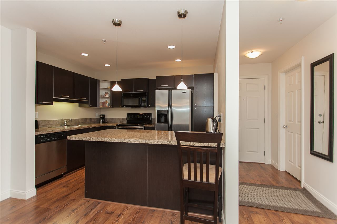 Condo Apartment at 207 5438 198 STREET, Unit 207, Langley, British Columbia. Image 12