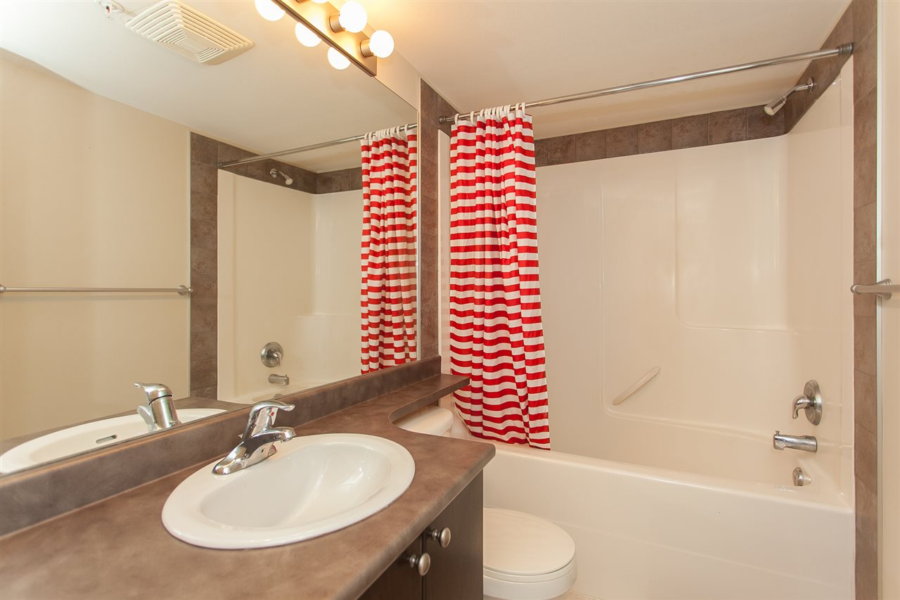 Condo Apartment at 207 5438 198 STREET, Unit 207, Langley, British Columbia. Image 16
