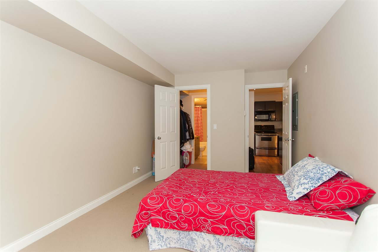 Condo Apartment at 207 5438 198 STREET, Unit 207, Langley, British Columbia. Image 18