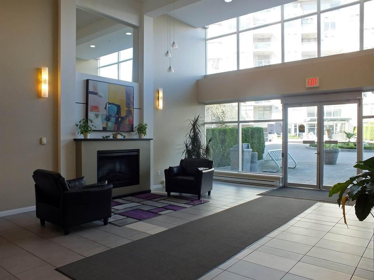 Condo Apartment at 007 9298 UNIVERSITY CRESCENT, Unit 007, Burnaby North, British Columbia. Image 2