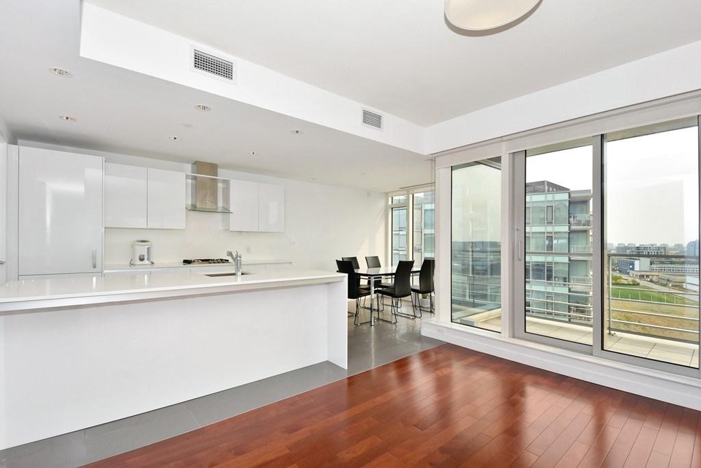 Condo Apartment at 1204 5171 BRIGHOUSE WAY, Unit 1204, Richmond, British Columbia. Image 4