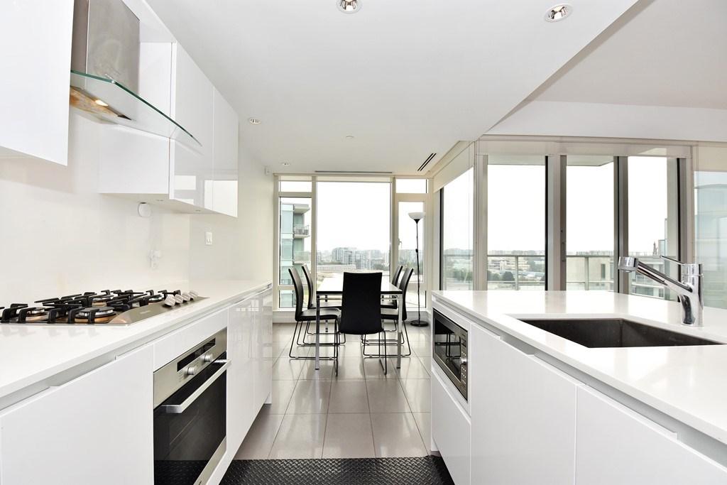 Condo Apartment at 1204 5171 BRIGHOUSE WAY, Unit 1204, Richmond, British Columbia. Image 7