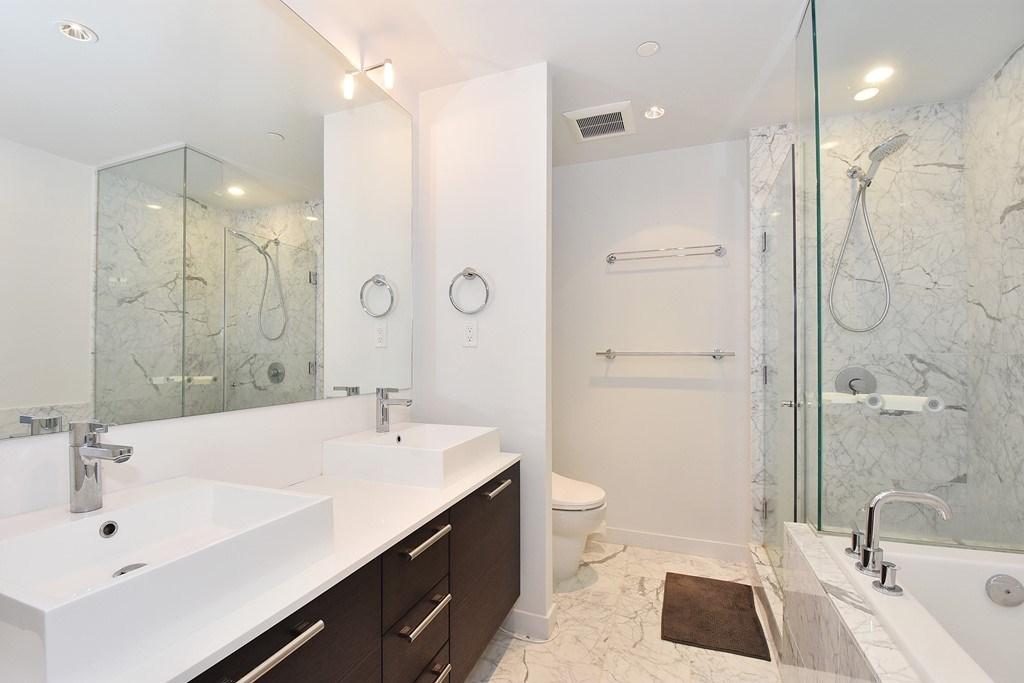 Condo Apartment at 1204 5171 BRIGHOUSE WAY, Unit 1204, Richmond, British Columbia. Image 10