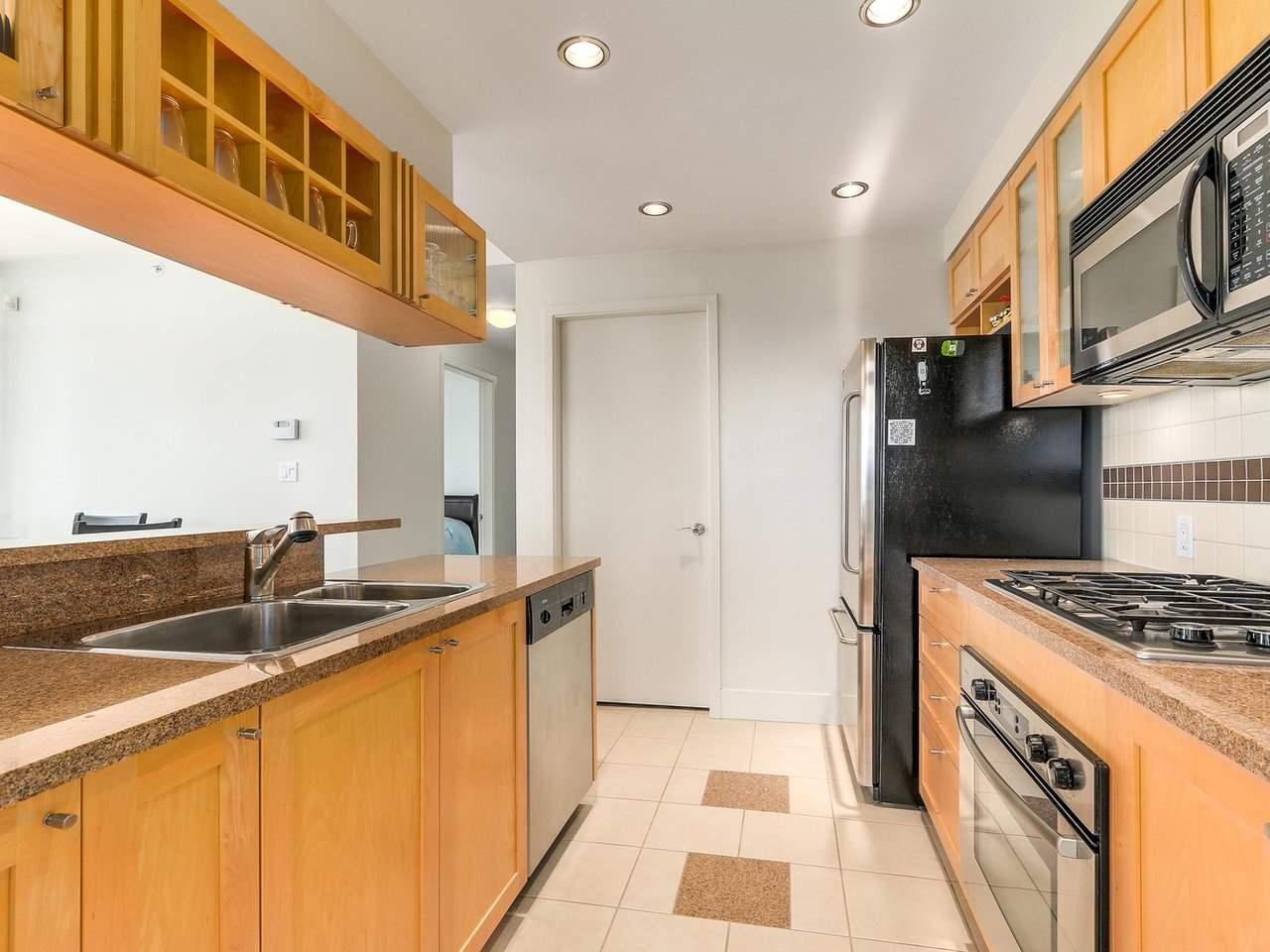 Condo Apartment at 1106 1483 HOMER STREET, Unit 1106, Vancouver West, British Columbia. Image 9