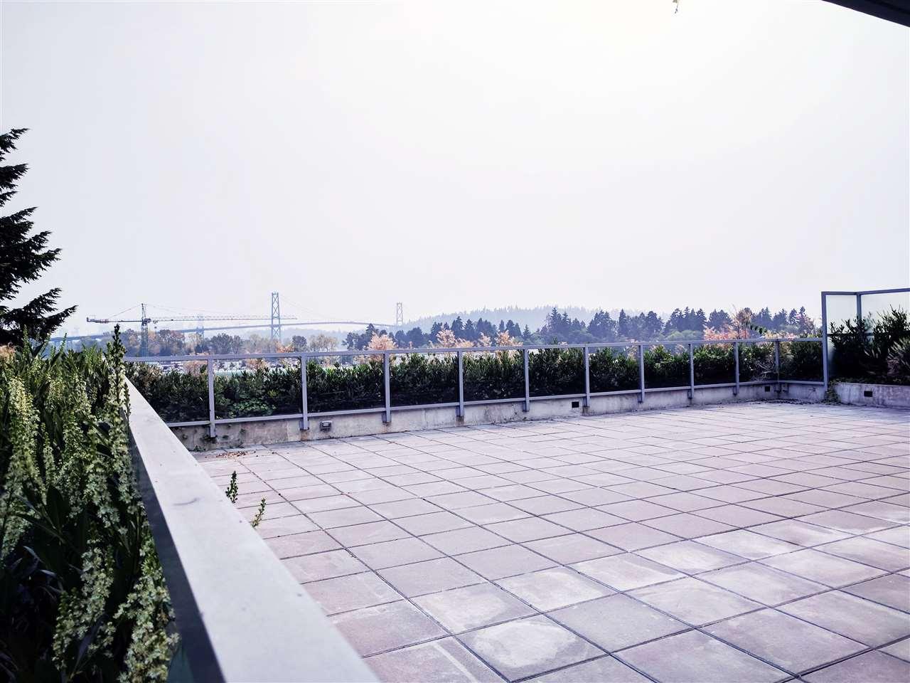 Condo Apartment at 601 866 ARTHUR ERICKSON PLACE, Unit 601, West Vancouver, British Columbia. Image 14