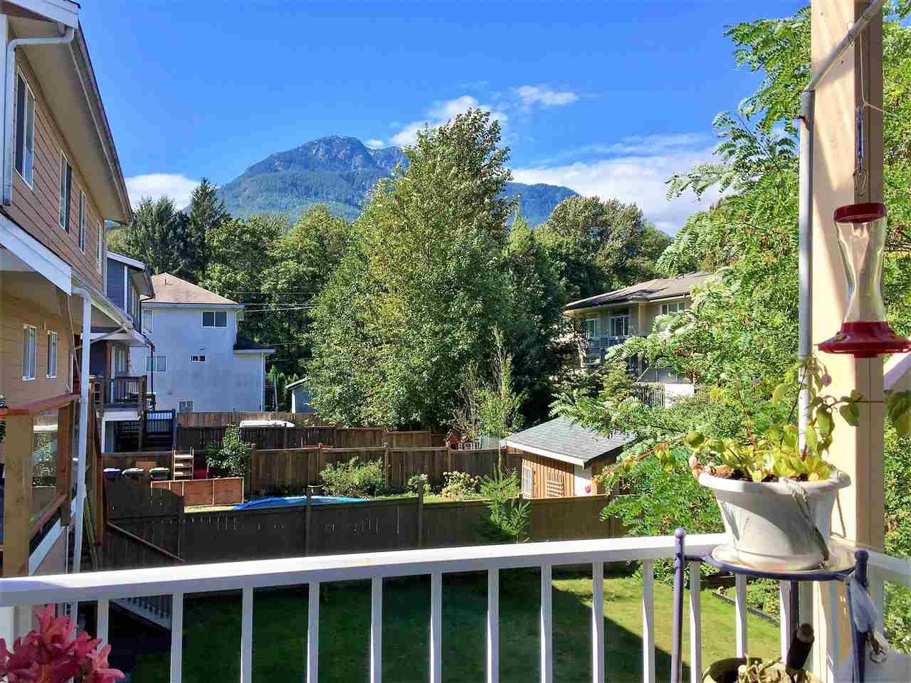 Half-duplex at 1769 HARRIS ROAD, Squamish, British Columbia. Image 12