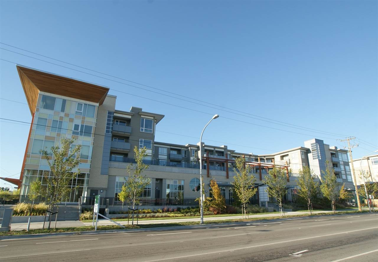 Condo Apartment at 301 12339 STEVESTON HIGHWAY, Unit 301, Richmond, British Columbia. Image 15