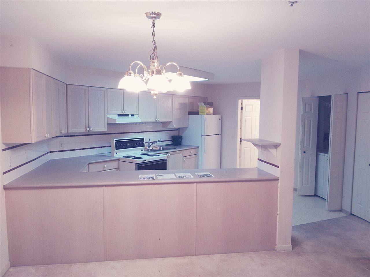 Condo Apartment at 106 15233 PACIFIC AVENUE, Unit 106, South Surrey White Rock, British Columbia. Image 6
