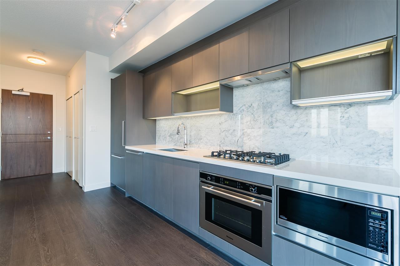 Condo Apartment at 4012 13750 100 AVENUE, Unit 4012, North Surrey, British Columbia. Image 6