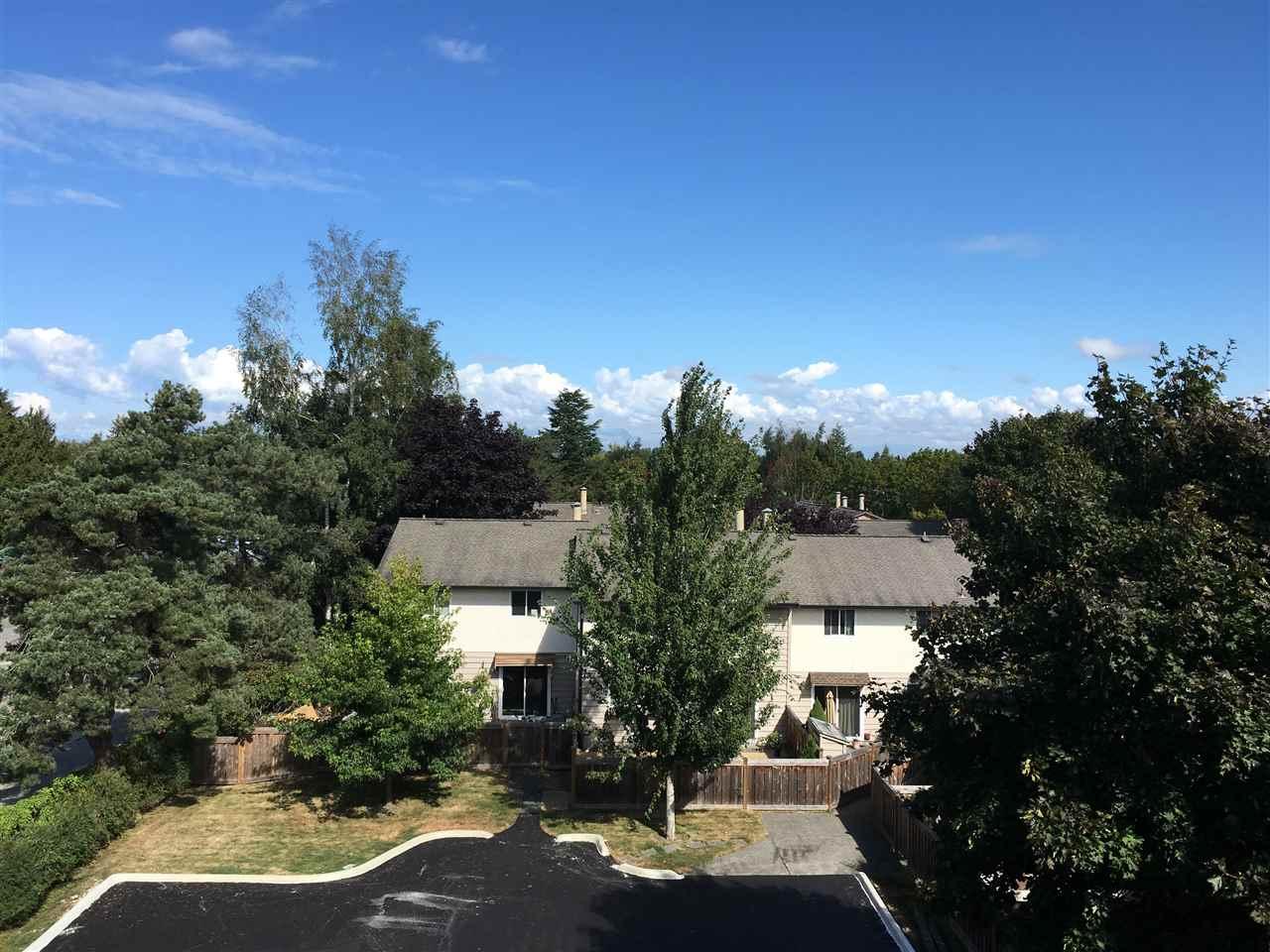 Condo Apartment at 307 4815 55B STREET, Unit 307, Ladner, British Columbia. Image 6