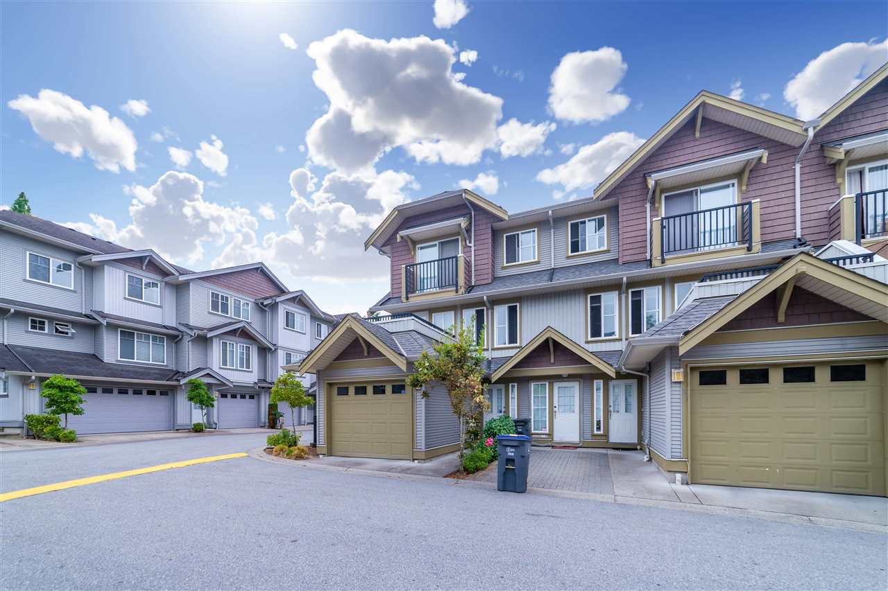 Townhouse at 32 12040 68 AVENUE, Unit 32, Surrey, British Columbia. Image 1