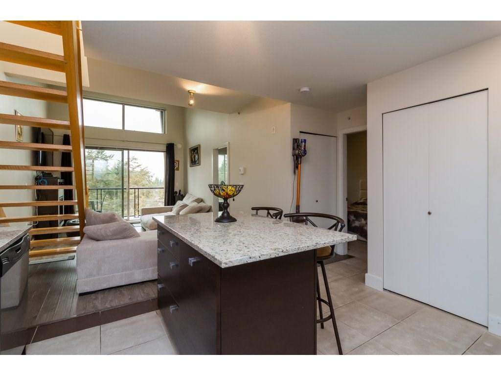 Condo Apartment at 412 6688 120 STREET, Unit 412, Surrey, British Columbia. Image 6