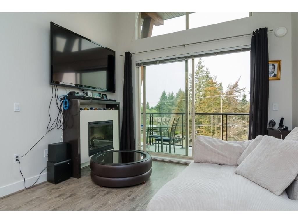 Condo Apartment at 412 6688 120 STREET, Unit 412, Surrey, British Columbia. Image 8