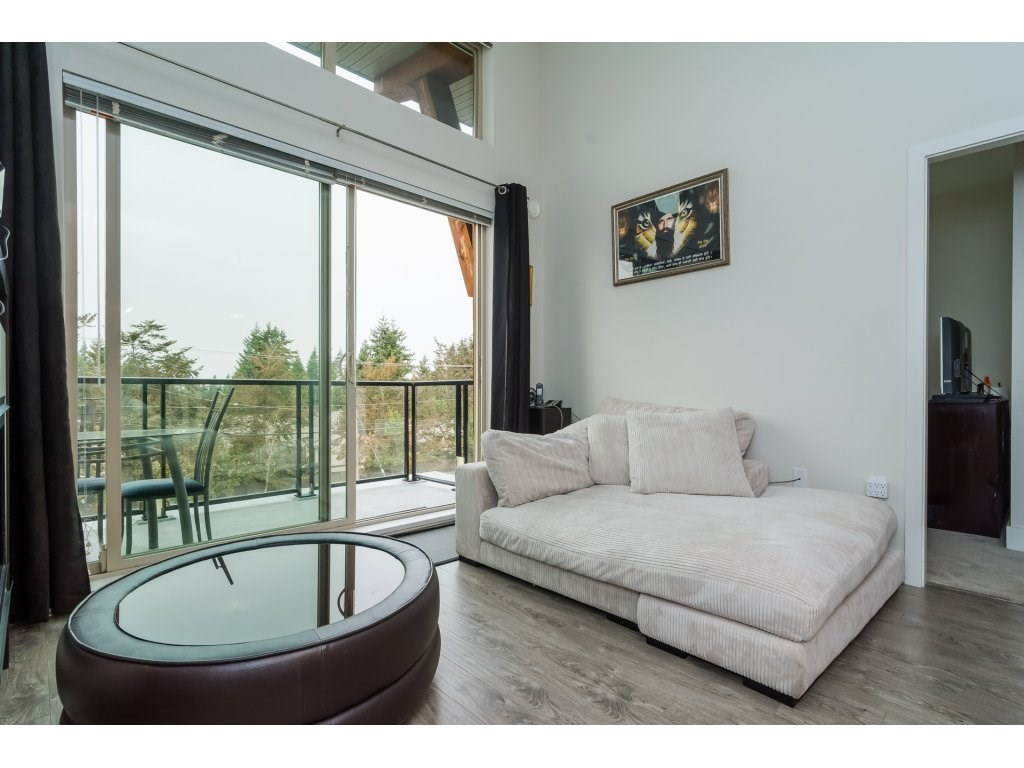 Condo Apartment at 412 6688 120 STREET, Unit 412, Surrey, British Columbia. Image 9
