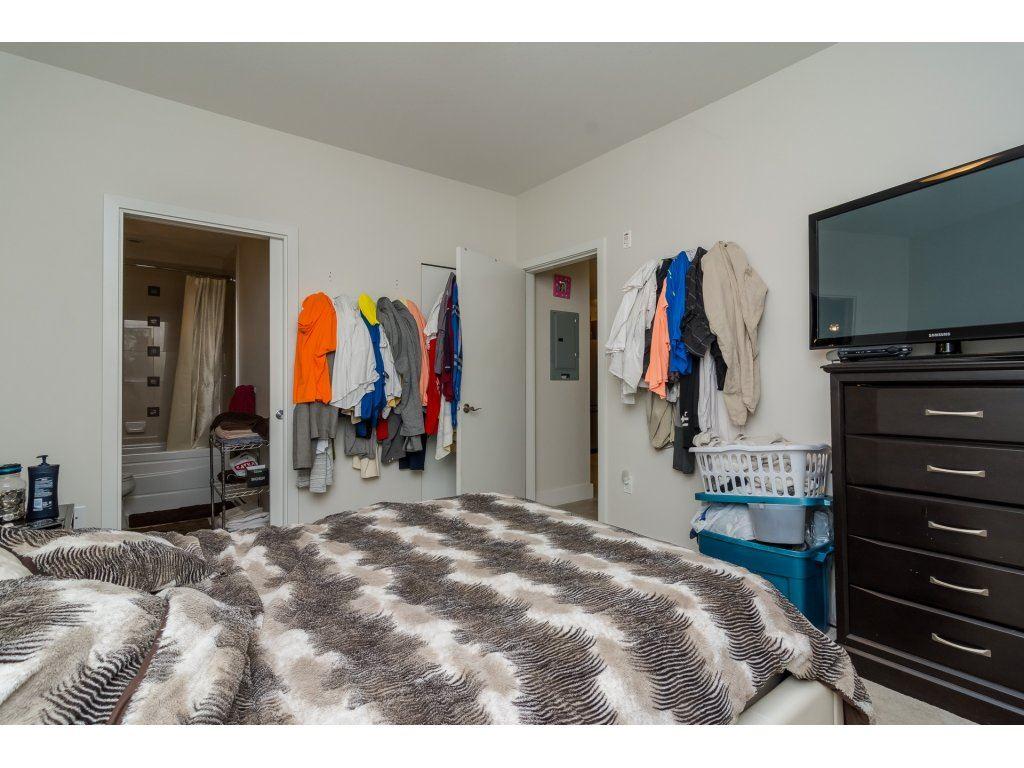 Condo Apartment at 412 6688 120 STREET, Unit 412, Surrey, British Columbia. Image 12
