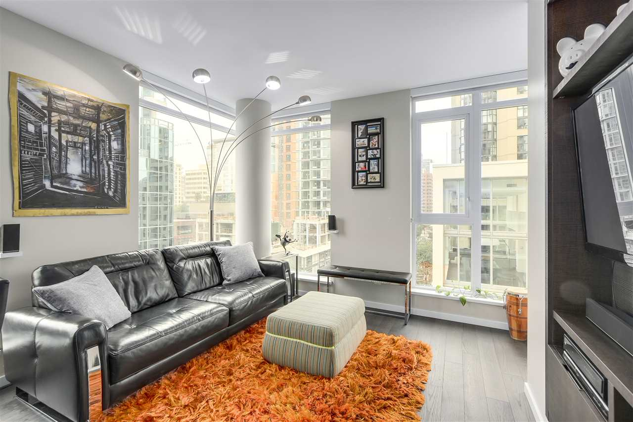 Condo Apartment at 902 1351 CONTINENTAL STREET, Unit 902, Vancouver West, British Columbia. Image 3