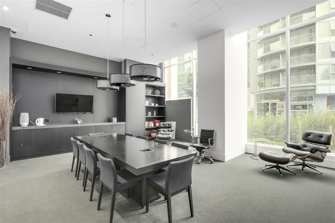 Condo Apartment at 902 1351 CONTINENTAL STREET, Unit 902, Vancouver West, British Columbia. Image 15