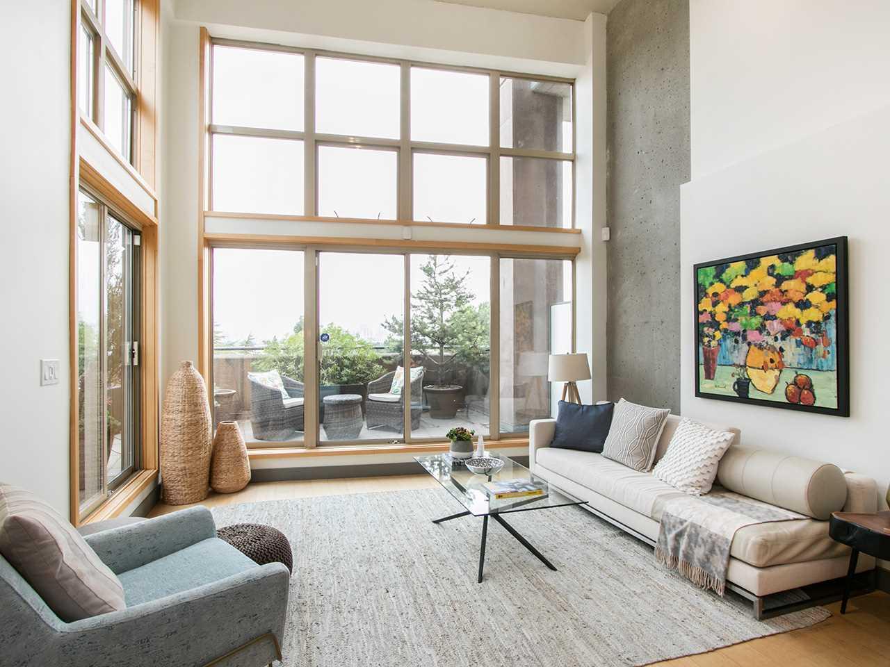 Condo Apartment at 403 1529 W 6TH AVENUE, Unit 403, Vancouver West, British Columbia. Image 2