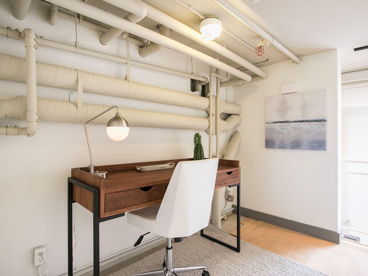 Condo Apartment at 403 1529 W 6TH AVENUE, Unit 403, Vancouver West, British Columbia. Image 14