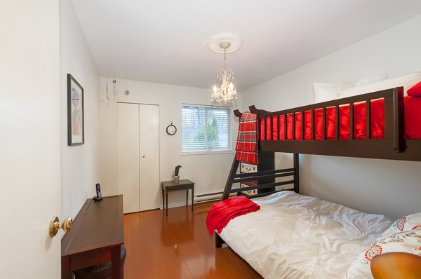 Half-duplex at 2167 W 15TH AVENUE, Vancouver West, British Columbia. Image 17