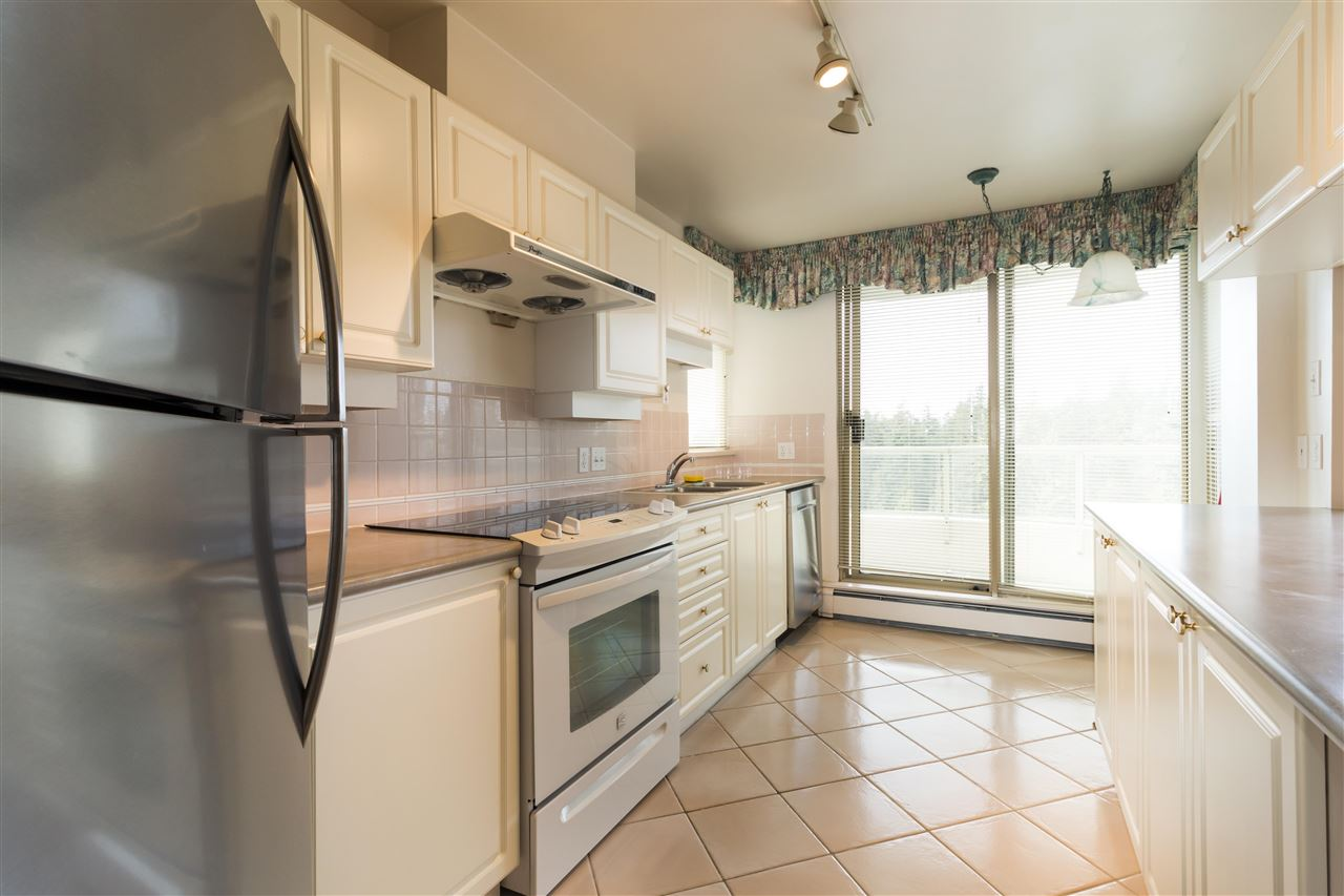 Condo Apartment at 1703 6188 PATTERSON AVENUE, Unit 1703, Burnaby South, British Columbia. Image 2
