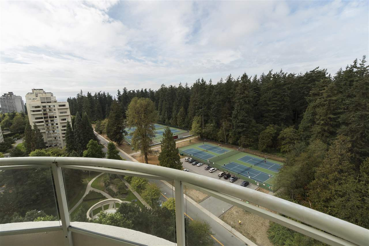 Condo Apartment at 1703 6188 PATTERSON AVENUE, Unit 1703, Burnaby South, British Columbia. Image 6