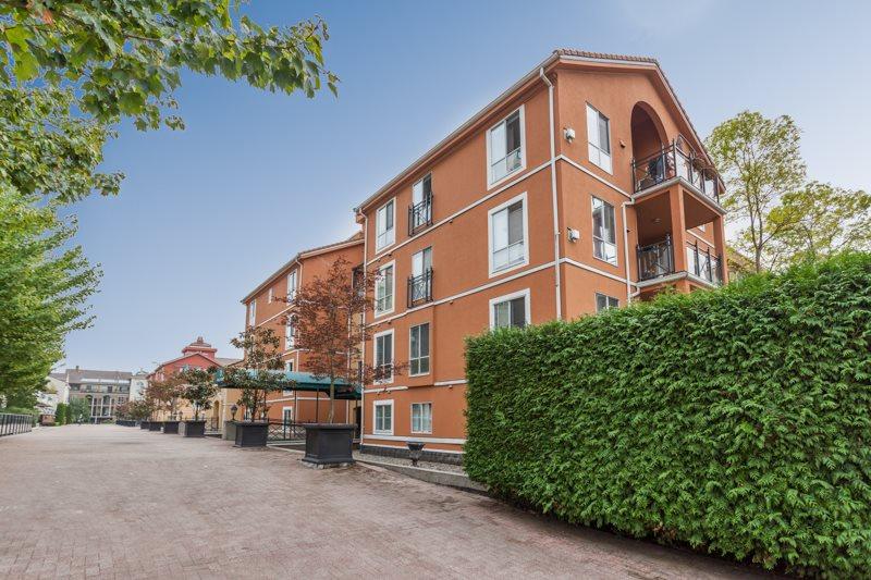Condo Apartment at 227 3 RIALTO COURT, Unit 227, New Westminster, British Columbia. Image 1