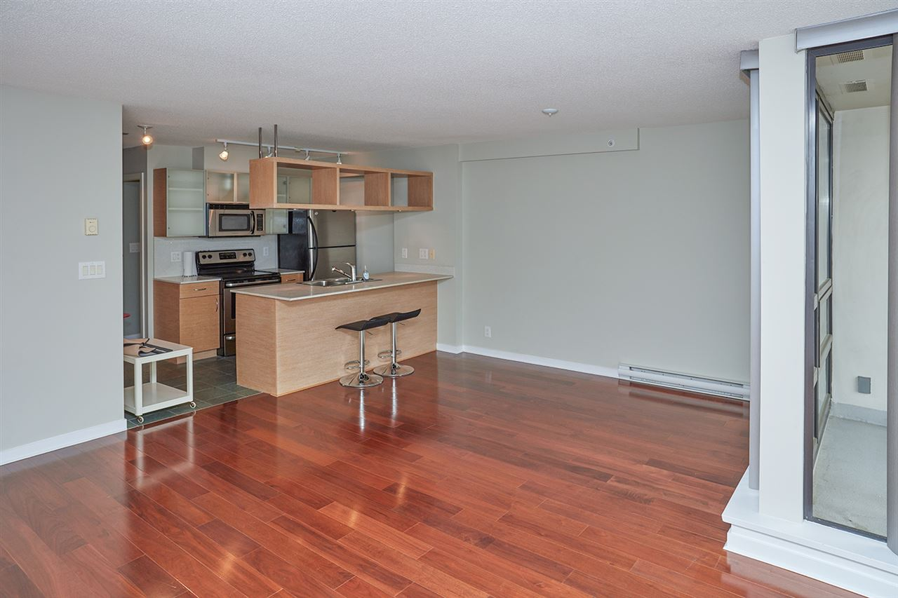 Condo Apartment at 2307 938 SMITHE STREET, Unit 2307, Vancouver West, British Columbia. Image 3