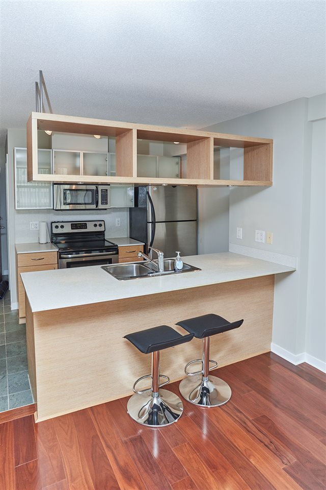 Condo Apartment at 2307 938 SMITHE STREET, Unit 2307, Vancouver West, British Columbia. Image 6