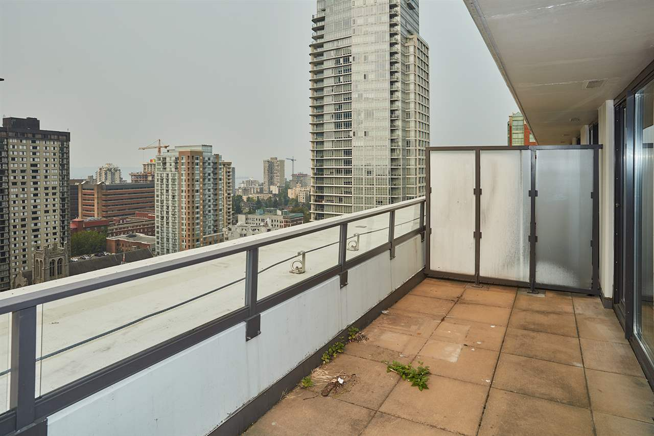 Condo Apartment at 2307 938 SMITHE STREET, Unit 2307, Vancouver West, British Columbia. Image 15