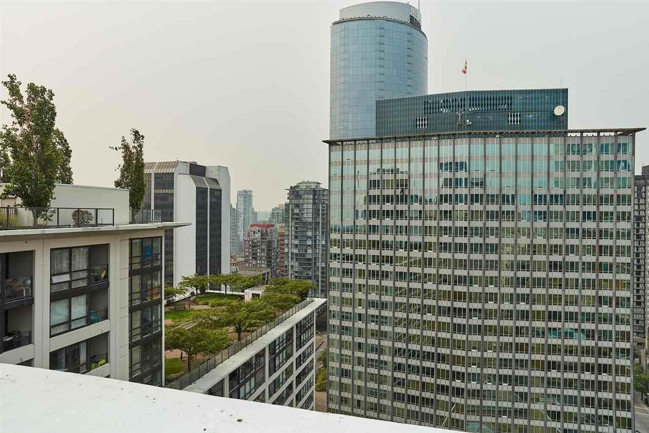 Condo Apartment at 2307 938 SMITHE STREET, Unit 2307, Vancouver West, British Columbia. Image 19