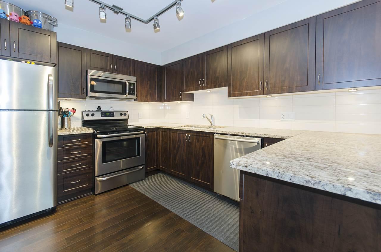 Condo Apartment at 205 2191 SHAUGHNESSY STREET, Unit 205, Port Coquitlam, British Columbia. Image 4