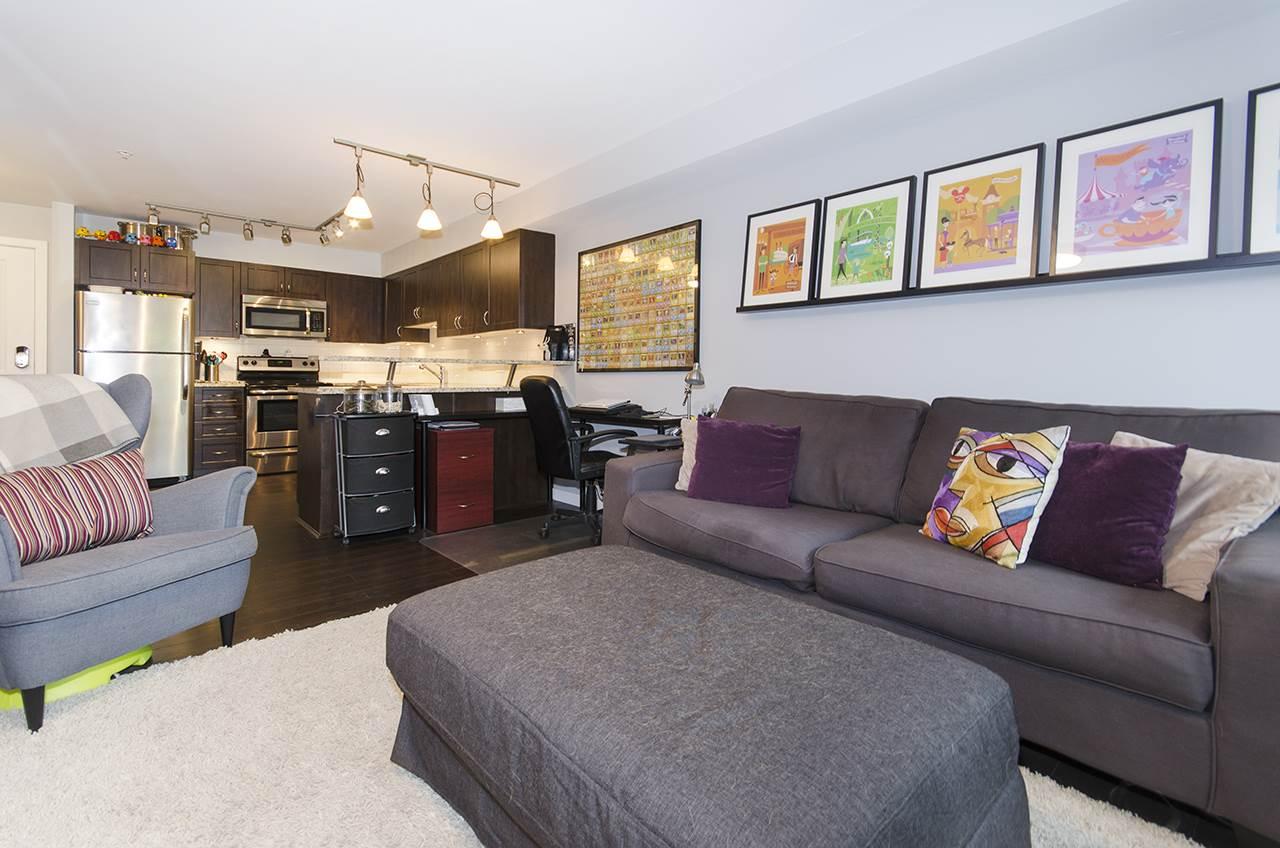 Condo Apartment at 205 2191 SHAUGHNESSY STREET, Unit 205, Port Coquitlam, British Columbia. Image 6
