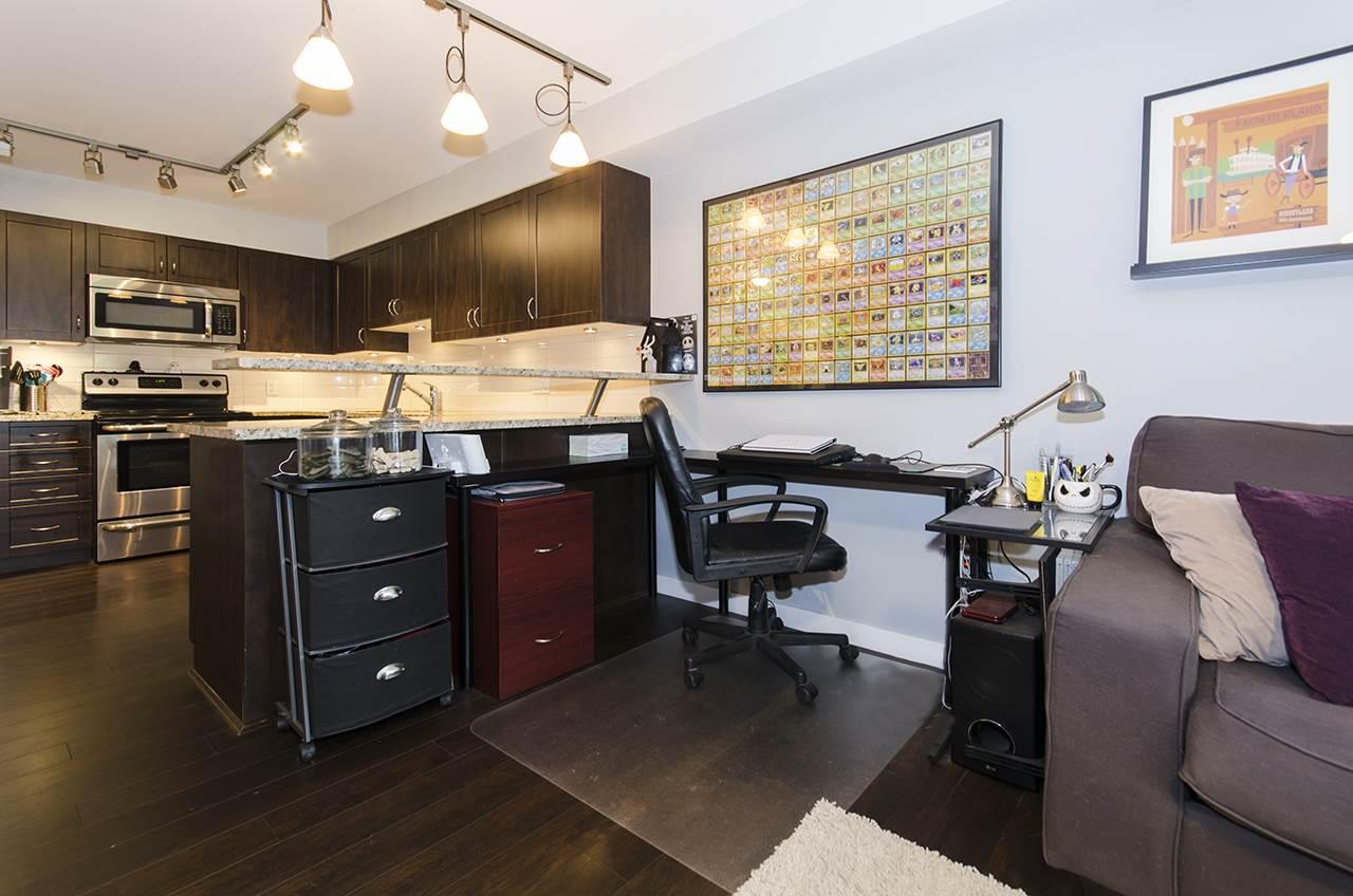 Condo Apartment at 205 2191 SHAUGHNESSY STREET, Unit 205, Port Coquitlam, British Columbia. Image 7