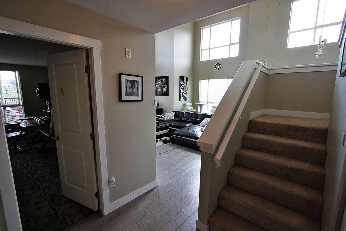 Condo Apartment at 326 9655 KING GEORGE BOULEVARD, Unit 326, North Surrey, British Columbia. Image 7